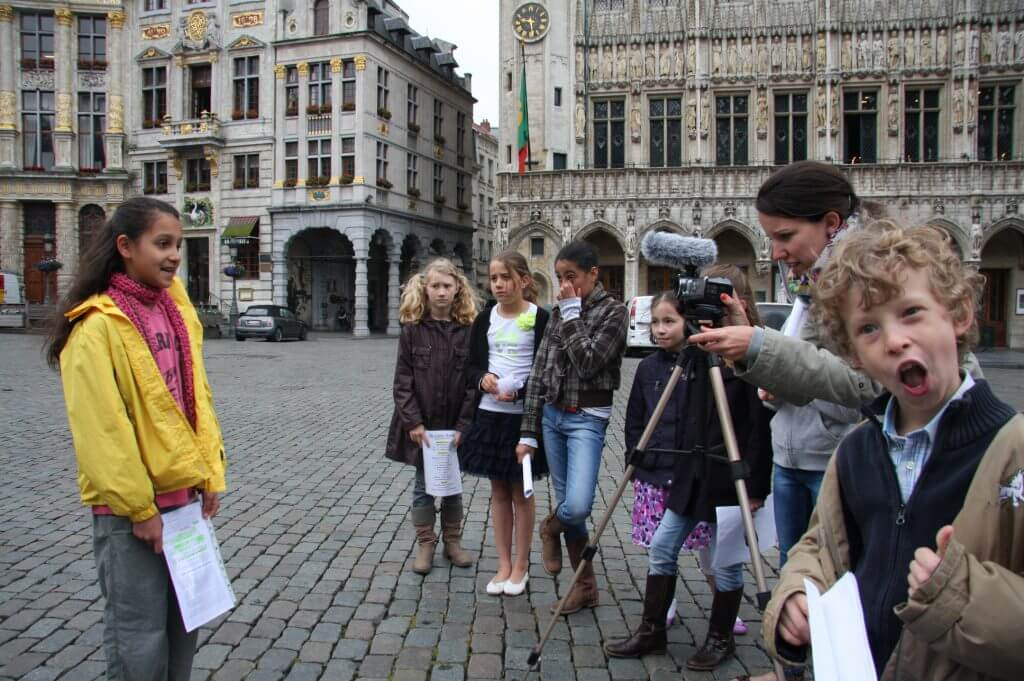 Filmopname op de Grote Markt voor de geest van Brussel
